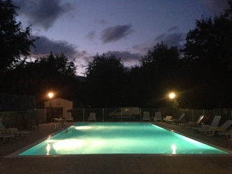 piscine nocturne