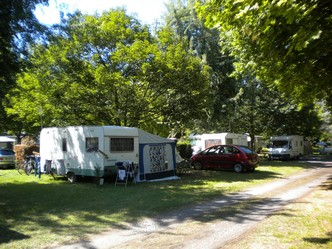 emplacements caravanes et camping car